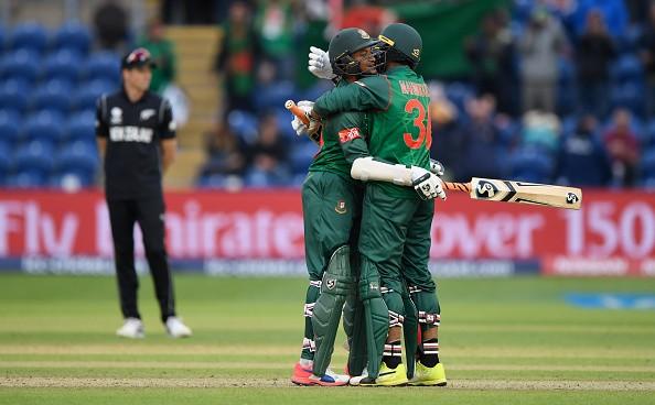 मैच फिक्सिंग मामले में 2 साल का प्रतिबंध झेल रहे शाकिब के ड्रेसिंग रूम में आने पर कुछ ऐसा करेंगे बांग्लादेशी खिलाड़ी 8