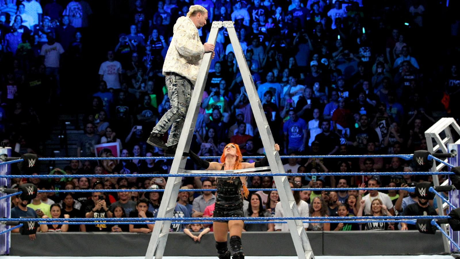 WWE SmackDown रिजल्ट्स : 28 जून 2017 : महिला मनी इन द बैंक का आख़िरकार हुआ फैसला 19