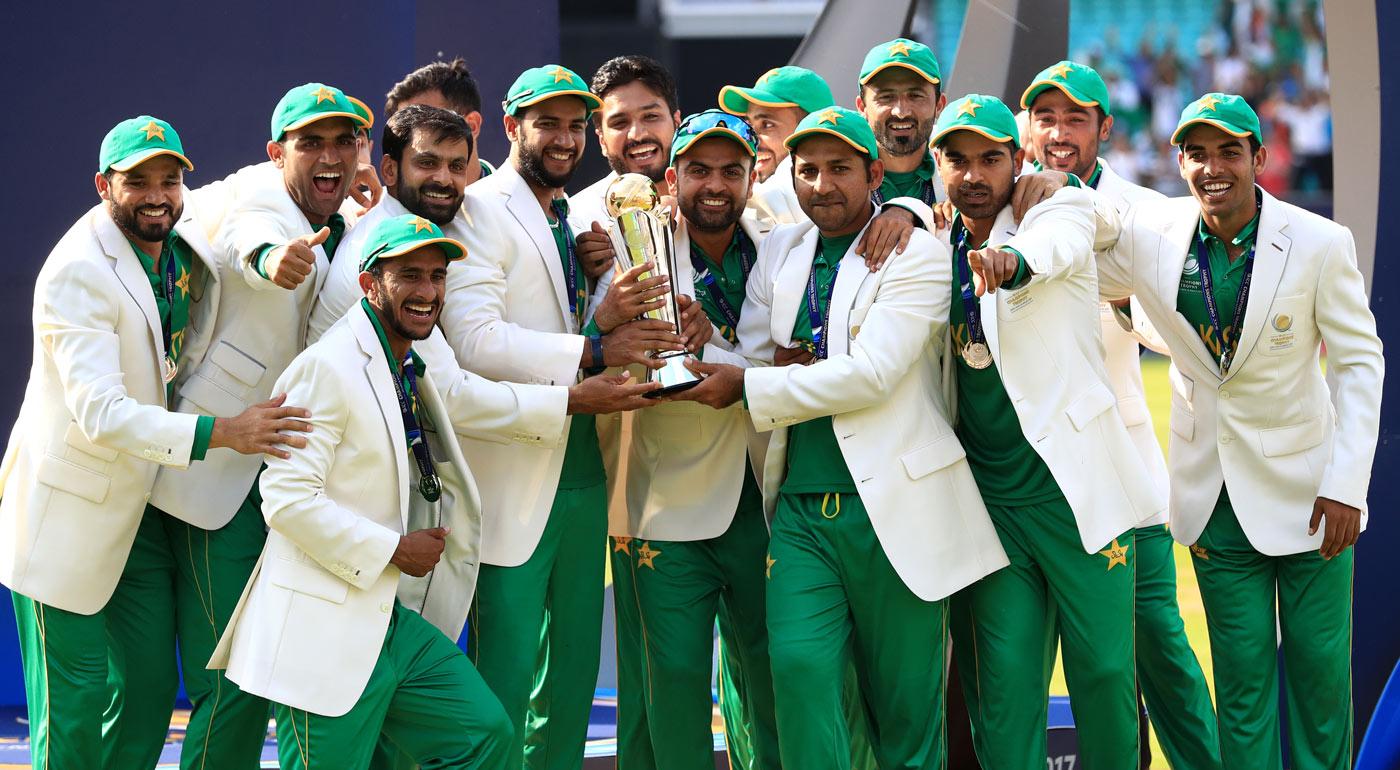 पाकिस्तानी प्रधानमंत्री ने आईसीसी चैंपियंस ट्राफी 2017 की विजेता टीम के प्रत्येक खिलाड़ी को दिया 1 करोड़ का ईनाम 9