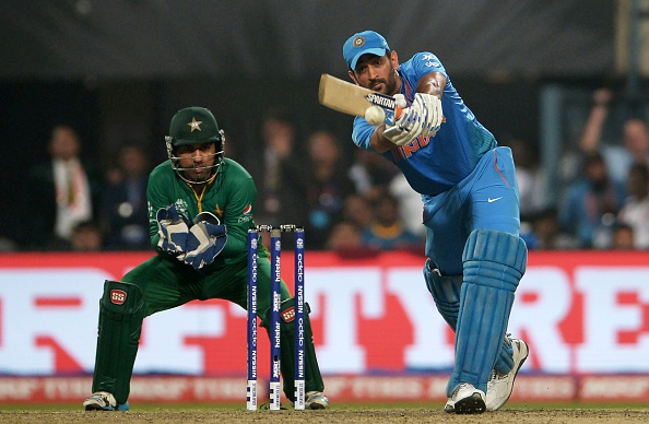 विडियो : सरफराज़ अहमद ने धोनी के लिए कहा कुछ ऐसा जिससे साबित होता है पाकिस्तान में की जाती है भारतीय कप्तान की पूजा
