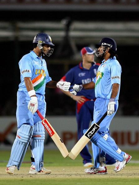 बांग्लादेश के खिलाफ अपने 300वें मैच से पहले युवी हुए भावुक, ट्वीटर द्वारा दिया ये ख़ास संदेश