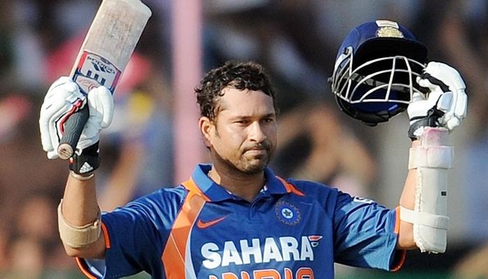 मैच जीतने के बाद भी विरोधी टीम के ड्रेसिंग रूम में जाकर रो पड़े थे सचिन तेंदुलकर, वजह जान बढ़ जायेगी इस दिग्गज की इज्जत 29