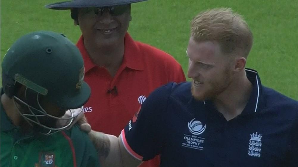 विडियो : 31.3 ओवर में मैदान पर आपस में भिड़े तमीम इक़बाल और बेन स्टोक्स 4