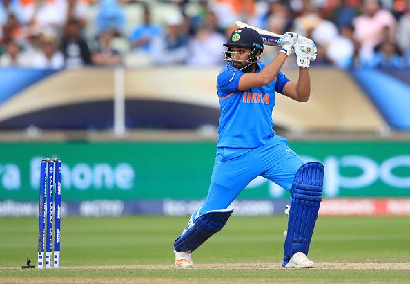 वेस्टइंडीज दौरे पर ना जाने वाले रोहित शर्मा अराम छोड़ कर रहे है यह नेक, जानकर आपको भी होगा भारतीय होने पर गर्व 19
