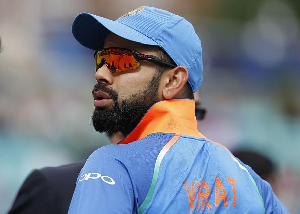 धोनी-सचिन सबको पीछे छोड़ सबसे ज्यादा कमाई करने वाले क्रिकेटर बने कोहली, सिर्फ 1 साल में कमाए इतने करोड़ रूपये