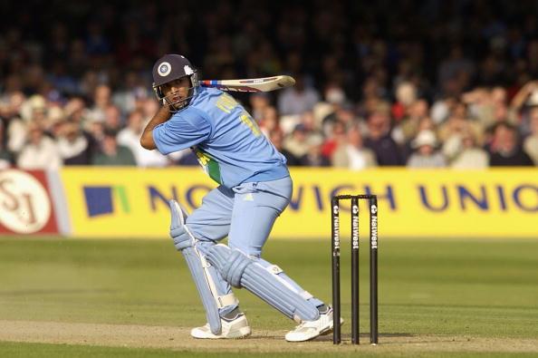 युवराज सिंह के अलावा ये 4 खिलाड़ी भी लगा चुके है 1 ओवर मर 6 छक्के, 1 भारतीय भी सूची में शामिल