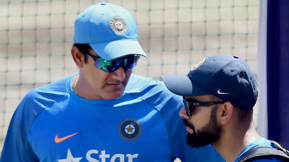 युवराज, शिखर धवन समेत दिग्गज खिलाड़ियों ने दी अनिल कुंबले को बधाई, लेकिन इस वजह से विराट ने किया नजरअंदाज 3