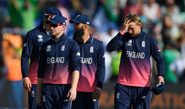 फाइनल में जगह बनाने के बाद पाकिस्तान के पूर्व दिग्गज गेंदबाज़ वक़ार युनिस ने ओएन मॉर्गन को लिया आड़े हाथ 3