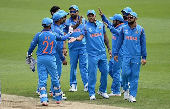 यह है वो पांच कारण जिनके चलते टीम इंडिया पर होगा महा मुकाबले में ज्यादा दबाव