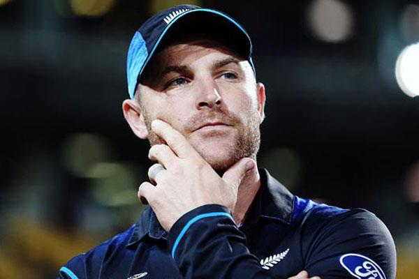 न्यूजीलैंड के पूर्व कप्तान ब्रैंडन मैकुलम ने 18 साल बाद इस मैदान में रखा कदम, लेकिन नहीं दिखा सके कोई कमाल 23