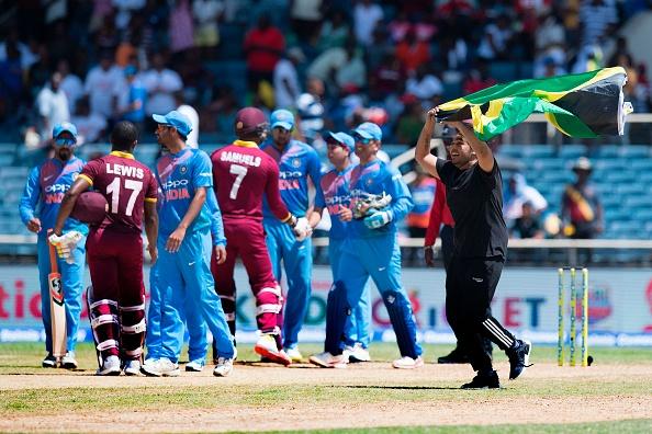 वेस्टइंडीज के खिलाफ मैच हारने के बाद कोहली ने बल्लेबाजों के अलावा इनके सिर फोड़ा हार का ठीकरा 12