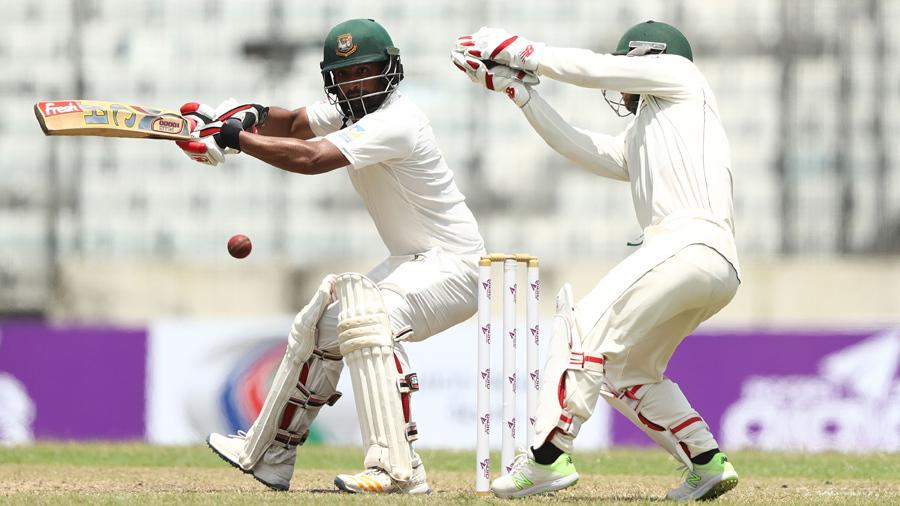 ऑस्ट्रेलिया के खिलाफ पहले टेस्ट मैच के बाद तमीम इकबाल पर लगा जुर्माना, जाने ऐसा क्या कर गया यह स्टार खिलाड़ी