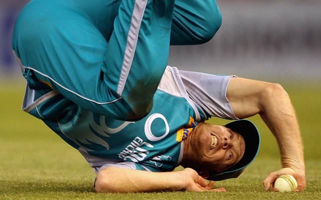 दुखद: एक और क्रिकेटर मौत के मुह में जाने से बचा, गर्दन से लेकर पैर तक टूट गये, सिर में हो गया गड्ढा