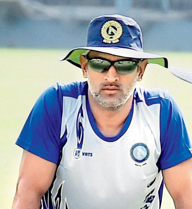 बड़ा सवाल: भारतीय टीम की कप्तानी छोड़ने के बाद कैसा रहा है धोनी का प्रदर्शन? चौकाने वाले है आँकड़े