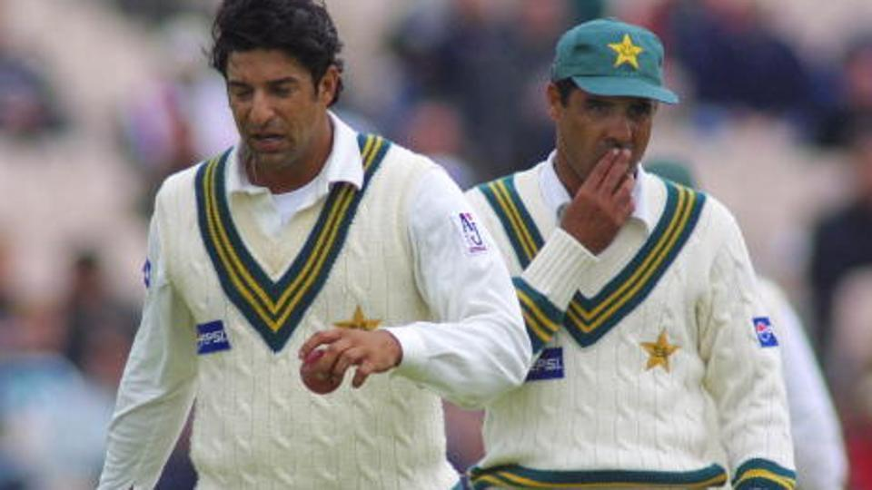 पूर्व पाकिस्तानी तेज गेंदबाज वकार युनिस ने सचिन और लारा में इस खिलाड़ी को बताया महान 36