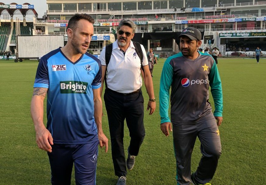 पाकिस्तान के कप्तान सरफराज अहमद के बड़बोल हम विश्व एकादश को तीनों मैच में हरा देंगे