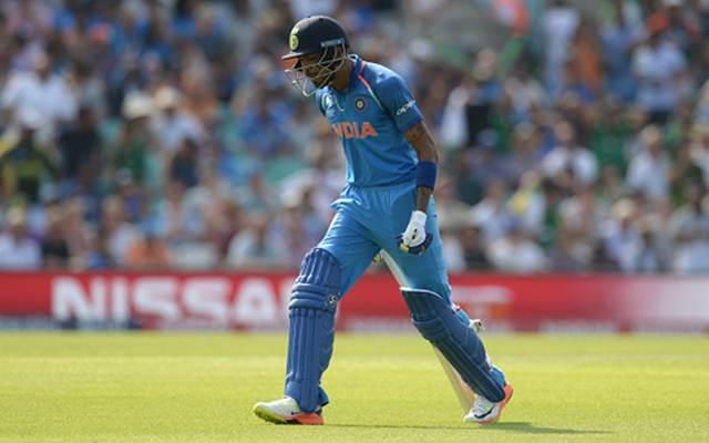 वीडियो: 48.3 ओवर में 2 रन की जगह रोहित के 1 रन भागने पर गुस्सा हुए हार्दिक ने कैमरे के सामने दिखाया अपना रौद्र रूप