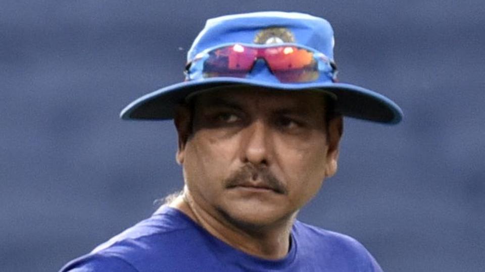 रवि शास्त्री ने खुद किया खुलासा, बताया क्यों नहीं दी गयी युवराज सिंह को ऑस्ट्रेलिया के खिलाफ भारतीय टीम में जगह 38