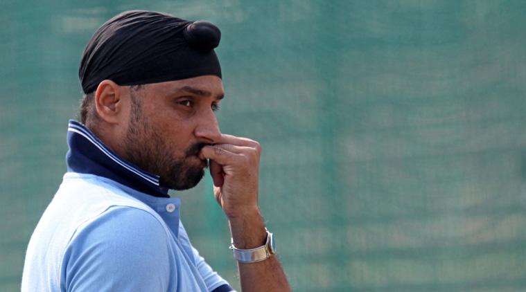 मुंबई इंडियंस और चेन्नई सुपर किंग्स नहीं बल्कि इस टीम से खेलना चाहते थे हरभजन सिंह, अब भावुक होकर कही ये बात 2