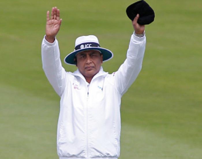 पाकिस्तान के साथ विश्व एकादश के खिलाफ अम्पायरिंग को लेकर पाकिस्तानी अम्पायर अलीम दार ने ये क्या कह डाला 54