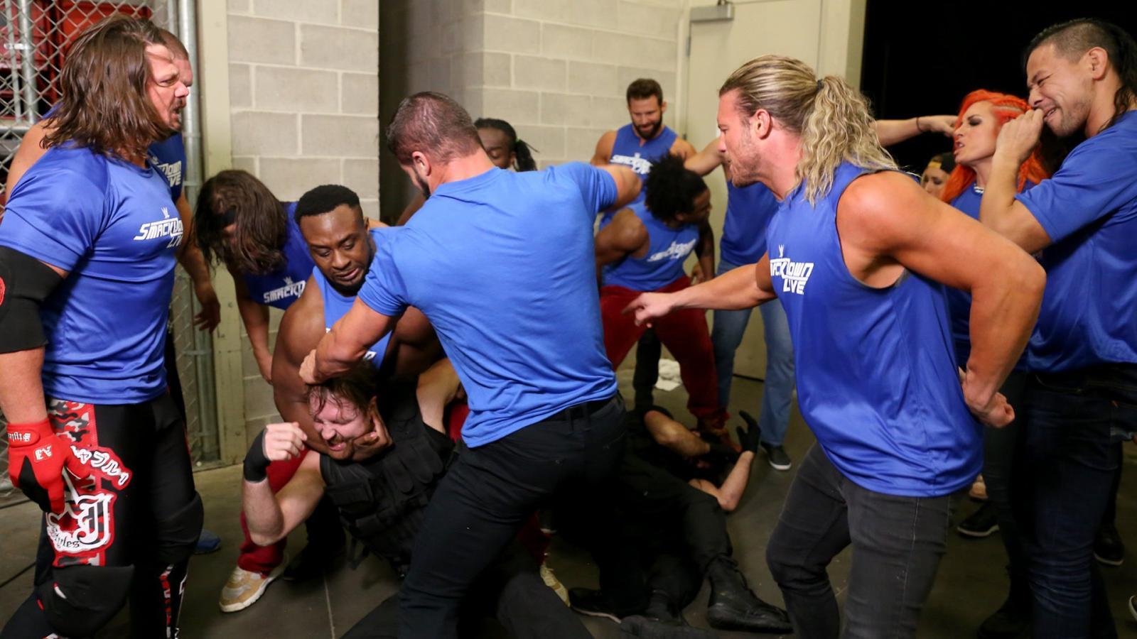स्मैकडाउन के रेस्लरो ने रॉ के रेस्लरो पर हमला होने के बाद WWE सुपरस्टार्स ने कुछ इस तरह दी अपनी प्रतिक्रिया 24