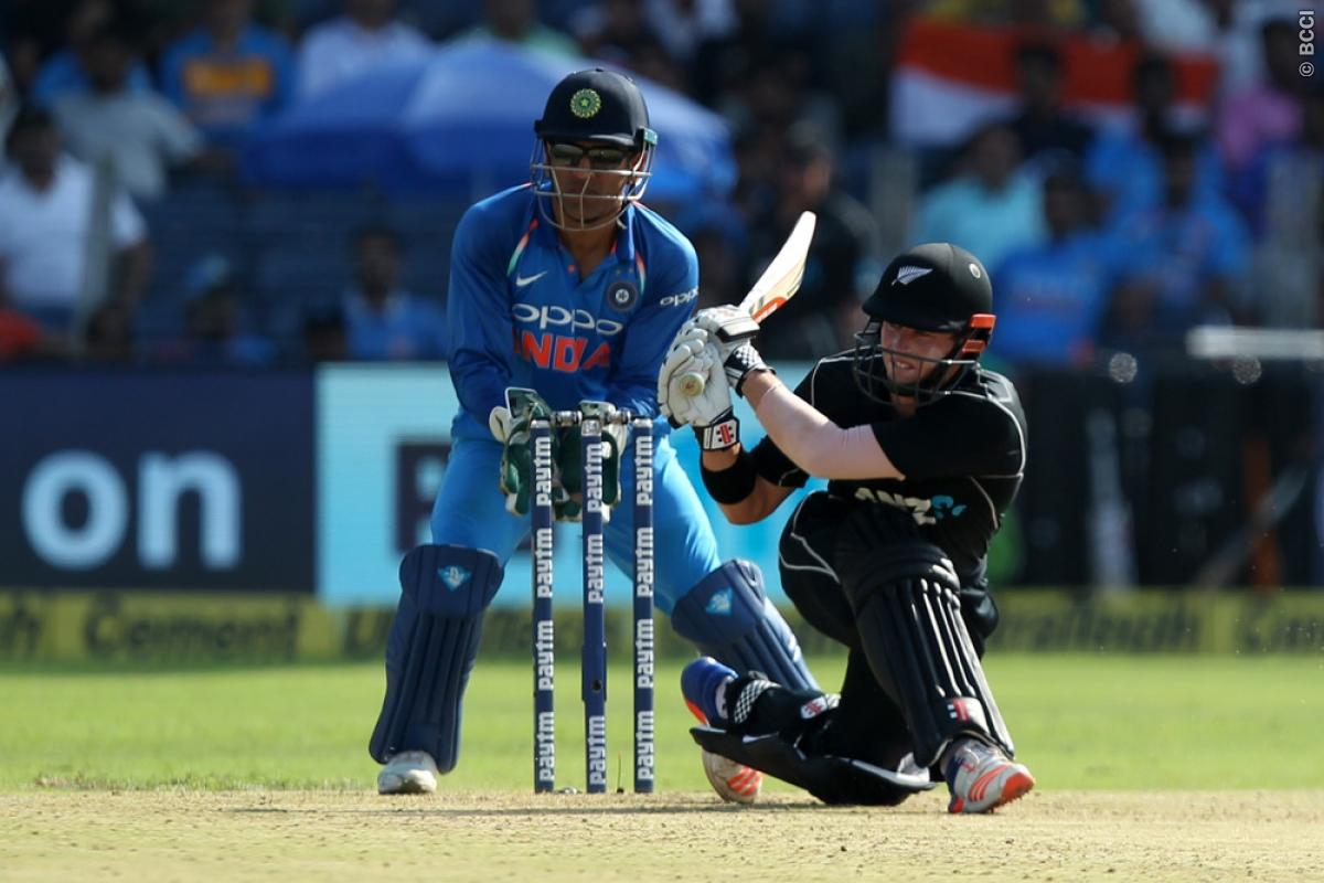 किसने क्या कहा: पुणे में भारत की शानदार गेंदबाजी के बाद लोग हुए भारतीय गेंदबाजो के फैन, बांधे तारीफों के पूल