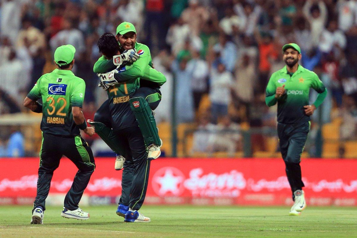 PAKvSL: पाकिस्तान के इस आलराउंडर ने श्रीलंका के खिलाफ ली हैट्रिक, अब तक ये खिलाड़ी ले चुके है टी-20 में हैट्रिक