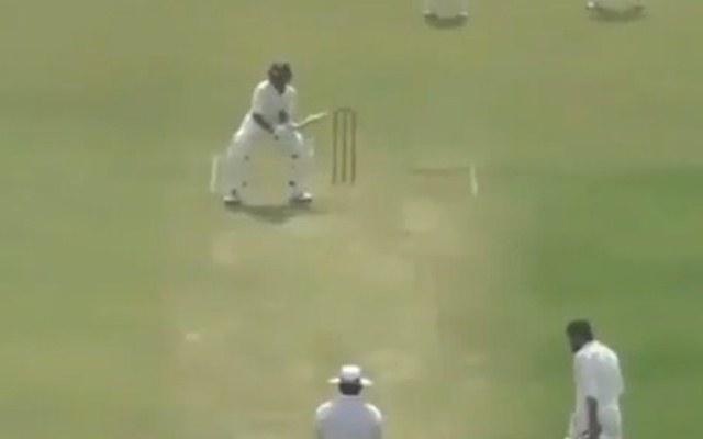 वीडियो- इससे पहले आपने क्रिकेट के मैदान में कभी नहीं देखा होगा ऐसा अनोखी बल्लेबाजी स्टांस