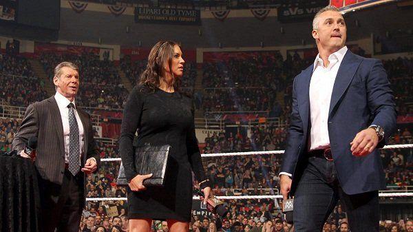"""किसने कहा: """"हां मैने ही WWE की कई सारी स्टोरीलाइन्स लीक की हैं और मेरी ही वजह से कंपनी के प्लान चौपट हुए"""" 55"""