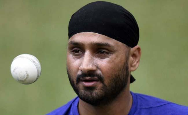 मुंबई इंडियंस और चेन्नई सुपर किंग्स नहीं बल्कि इस टीम से खेलना चाहते थे हरभजन सिंह, अब भावुक होकर कही ये बात 1