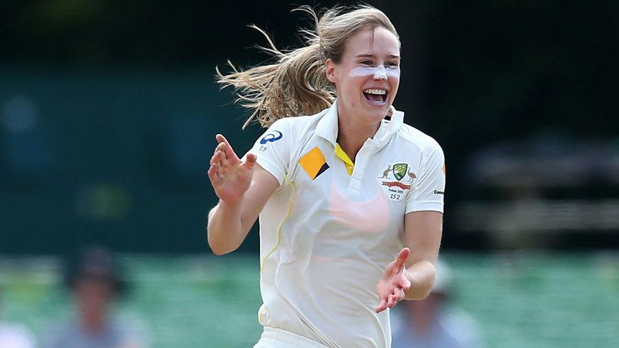 इन महिला क्रिकेटरों की खूबसूरती का नहीं है कोई जवाब, बॉलीवुड की एक्ट्रेस भी हैं इनकी सुंदरता के आगे फेल 20