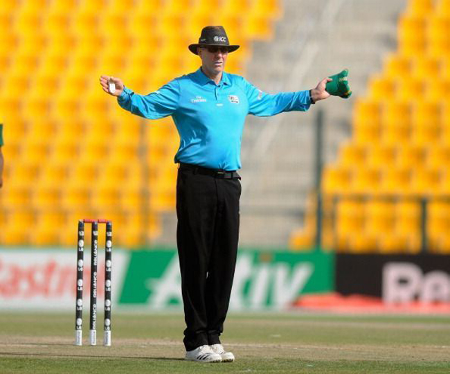 भारत के नाम जुड़ा क्रिकेट का सबसे शर्मनाक रिकॉर्ड, एक ही मैच में डाले गये 100 से भी ज्यादा वाइड