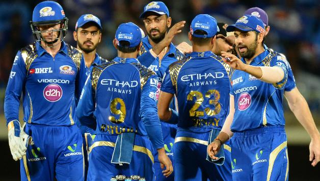 OMG! सिर्फ तीन मैचों में 400 रन बना चुका हैं यह आक्रामक बल्लेबाज, आईपीएल 11 में मुंबई इंडियन्स के लिए खेलता आयेगा नजर 4