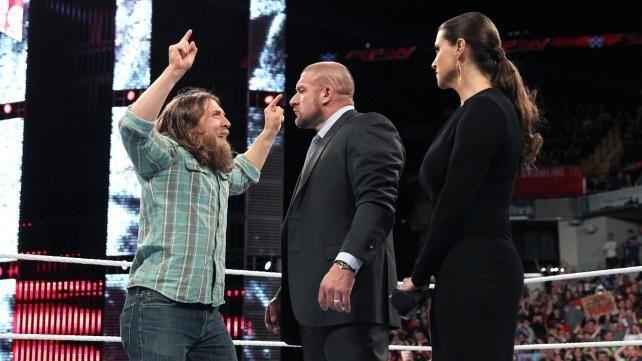 डेनियल ब्रयान की वजह से WWE में छिड़नी वाली है बड़ी जंग, ट्रिपल एच और शेन मैकमोहन आ जायेंगे आमने-सामने