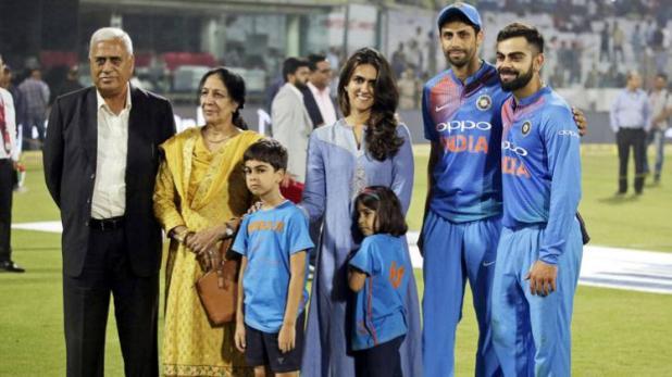 इस साल 1, 2 या 5 नहीं, बल्कि पूरे 10 खिलाड़ियों ने कहा क्रिकेट को अलविदा 17