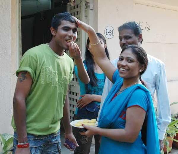 भारतीय टीम में खेलने से पहले गरीबी के कारण दुसरो के घरो में मजदूरी किया करते थे ये खिलाड़ी 1