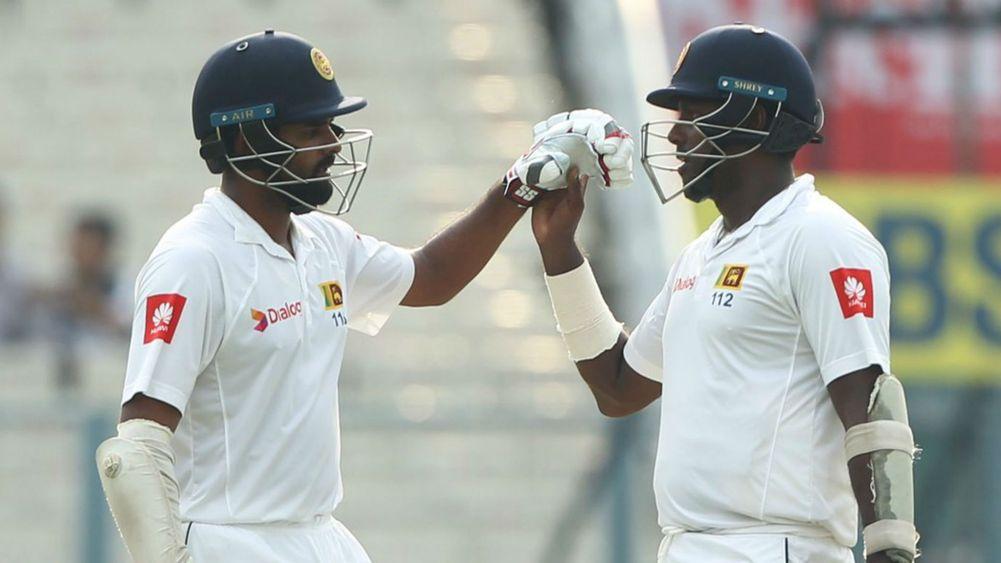 कोलकाता टेस्ट : श्रीलंका ने पहली पारी में बनाए 165/4