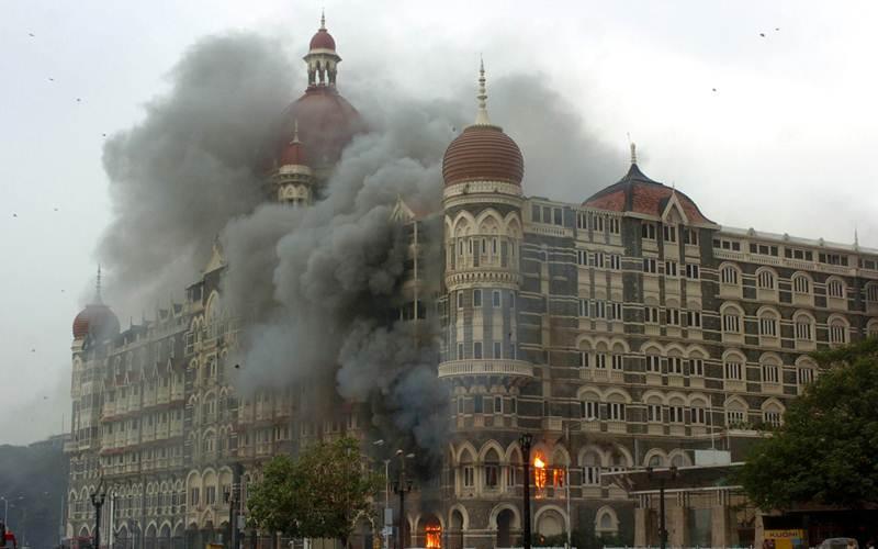 सचिन ने खोला उस खूनी रात का सच जब मुंबई ताज पर हुआ था आतंकी हमला 32