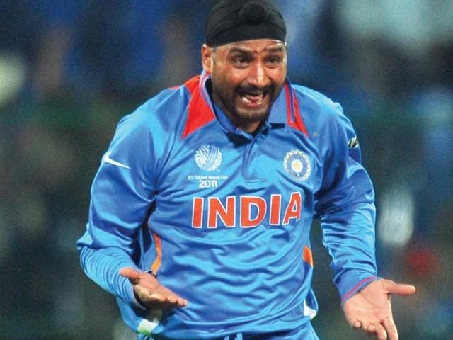इस पाकिस्तानी क्रिकेटर के लिए किया कुछ ऐसा ट्वीट, कि सरहद पार भी छा गए हरभजन सिंह