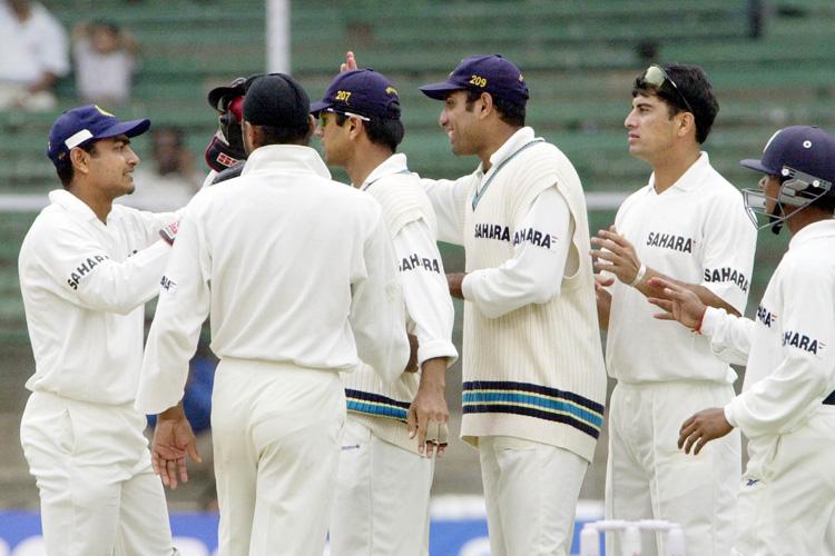 विराट कोहली ने शादी के लिए लिया लम्बी छुट्टी लेकिन इस क्रिकेटर ने चलते टेस्ट मैच के दुसरे दिन बिना मैच छोड़े किया था शादी