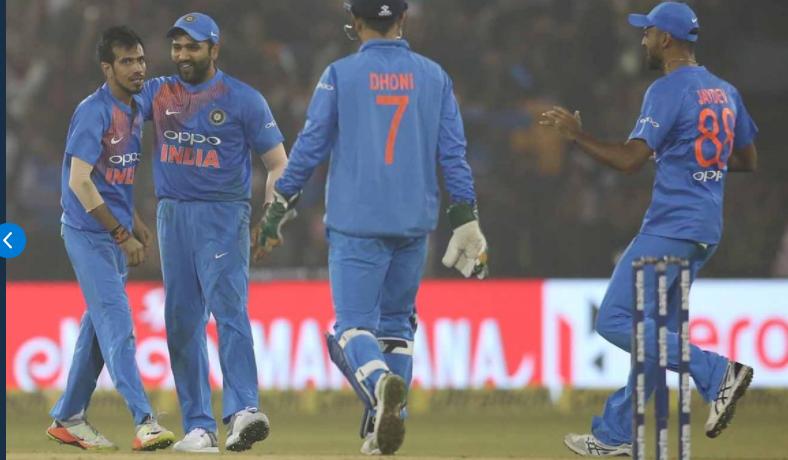 INDvSL: श्रीलंका ने की चढ़ाई, लेकिन अंत में भारत ने पार पाई 57