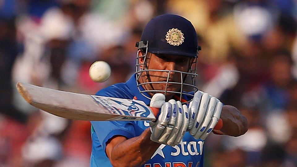 INDvSL: मोहाली में एमएस धोनी का चलना तय टीम इंडिया की जीत भी हुई लगभग पक्की, यकीन नहीं आता तो देख लीजिये ये आंकड़े…