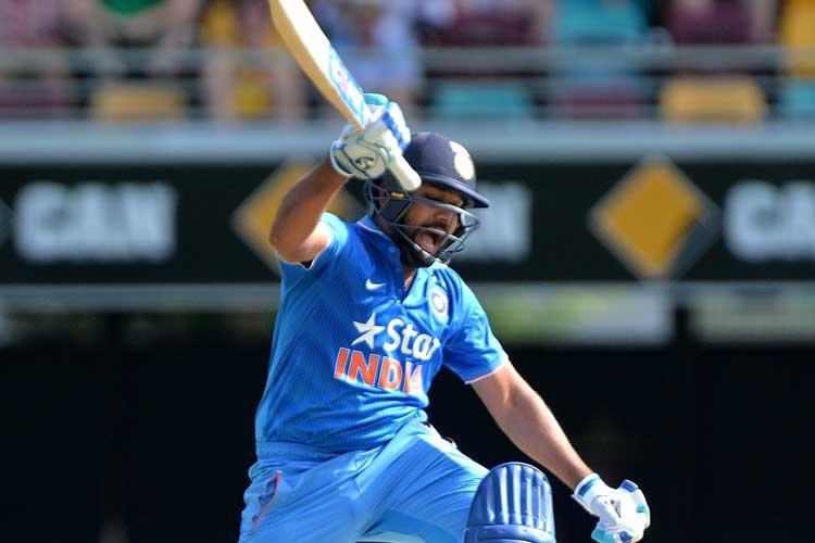 अंतर्राष्ट्रीय क्रिकेट के ये 5 रिकॉर्ड्स जो सिर्फ भारत के खिलाड़ियों के नाम, नंबर-2 रिकॉर्ड जानकर आप भी रह जायेंगे दंग 4