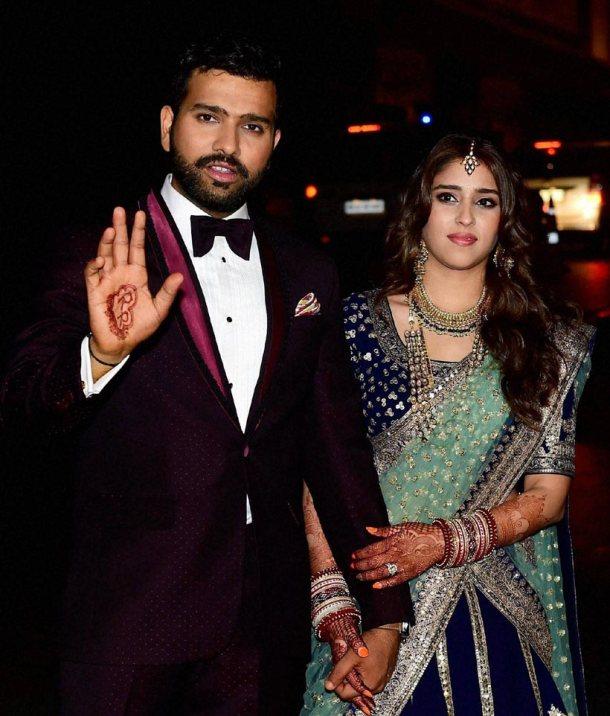 क्या शादी के बाद अब विराट बन जाएंगे एक आम इंसान..? रोहित ने अपने मजाकिया जवाब से की सबकी बोलती बंद 34
