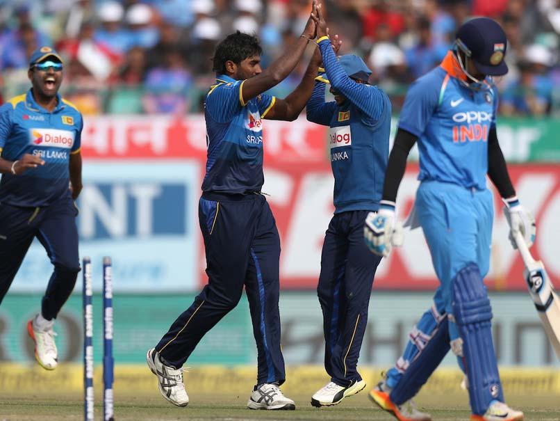 STATS: भारत के हराने के बाद भी धोनी के नाम जुड़ा ये बड़ा रिकॉर्ड, कुमार संगकारा के बाद ऐसा करने वाले दूसरे बल्लेबाज़ बने धोनी