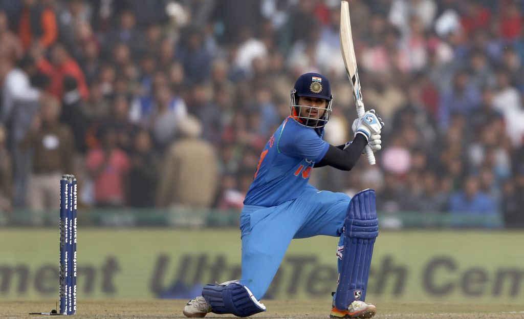 भारत बी को अपनी कप्तानी में देवधर ट्रॉफी का खिताब दिलाने के बाद स्टार भारतीय खिलाड़ी श्रेयर अय्यर ने कोहली पर लगाया ये विराट आरोप