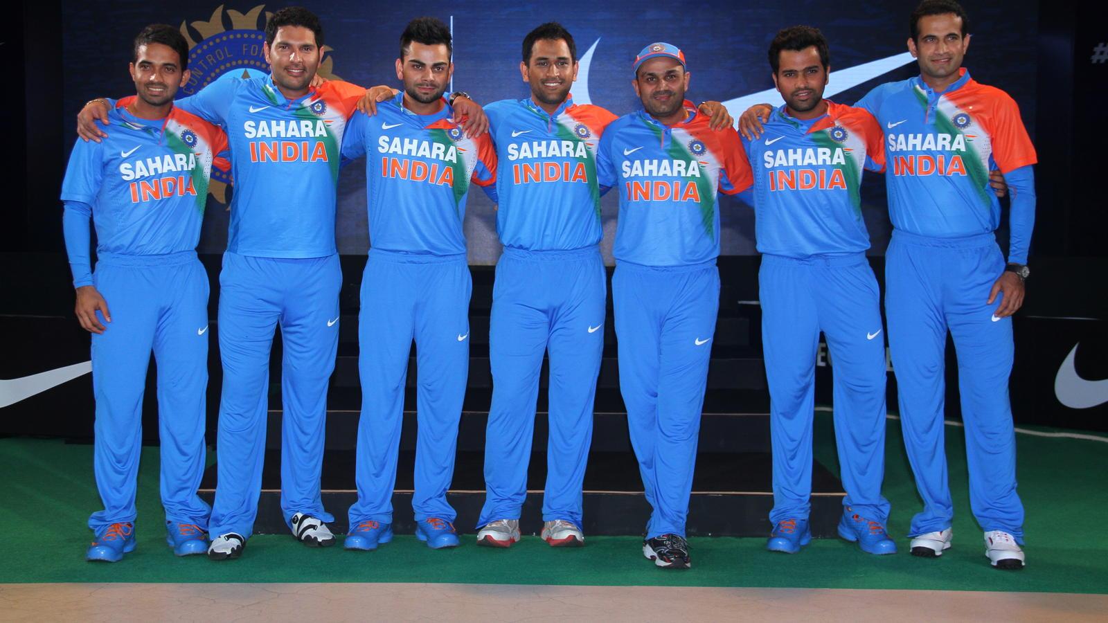 भारतीय क्रिकेट टीम ने इस तिरंगे वाली जर्सी में कभी नहीं खेला कोई अंतर्राष्ट्रीय मैच, जानिये पूरा सच