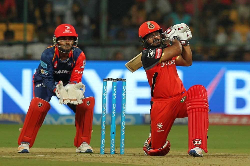 """भारतीय टीम का छोटा पटाखा केदार जाधव को इस भारतीय दिग्गज ने बताया """"स्पेशल टैलेंट"""""""