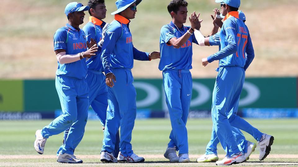 पृथ्वी शॉ के बाद अंडर-19 के इस खिलाड़ी ने बढ़ाई विराट कोहली की परेशानी, जल्द देनी होगी टीम इंडिया में जगह 12