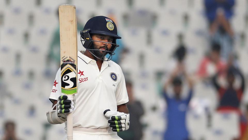 शर्मनाक: पिछले 73 पारियों में एक बार भी शतक नहीं लगा सका यह भारतीय खिलाड़ी, फिर भी विराट दे रहे है टीम में जगह 38